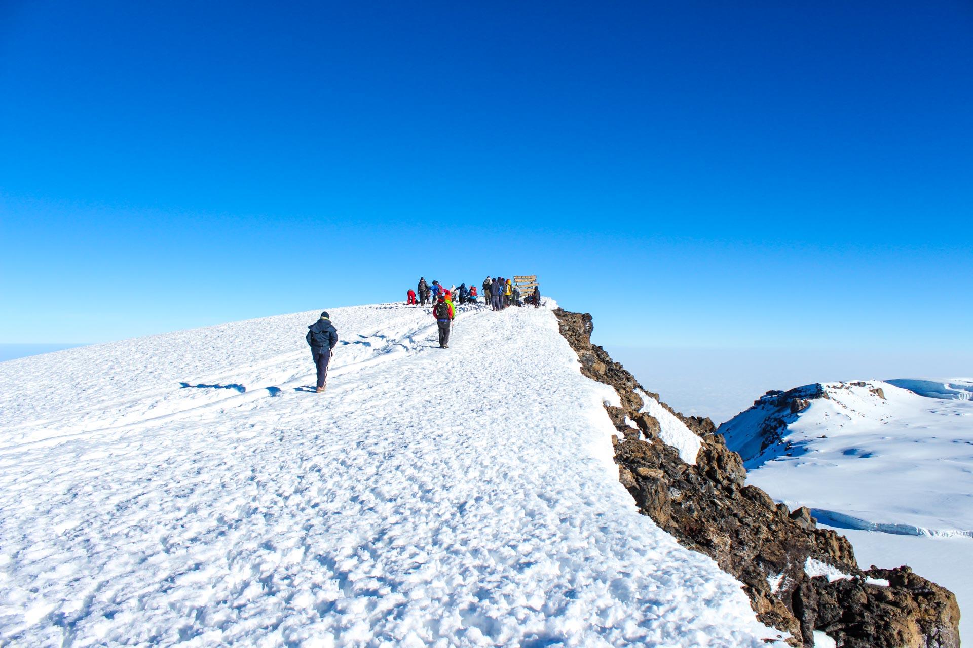 9 Days Lemosho Route Overnight Crater
