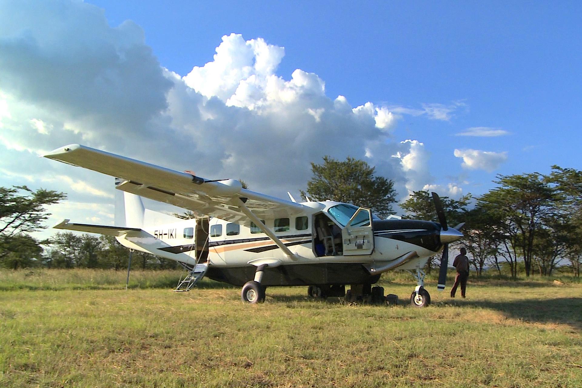 LUXURY FLY - IN SAFARI